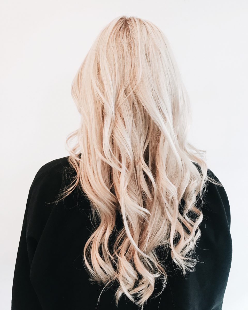 5 things to consider when choosing your hair stylist